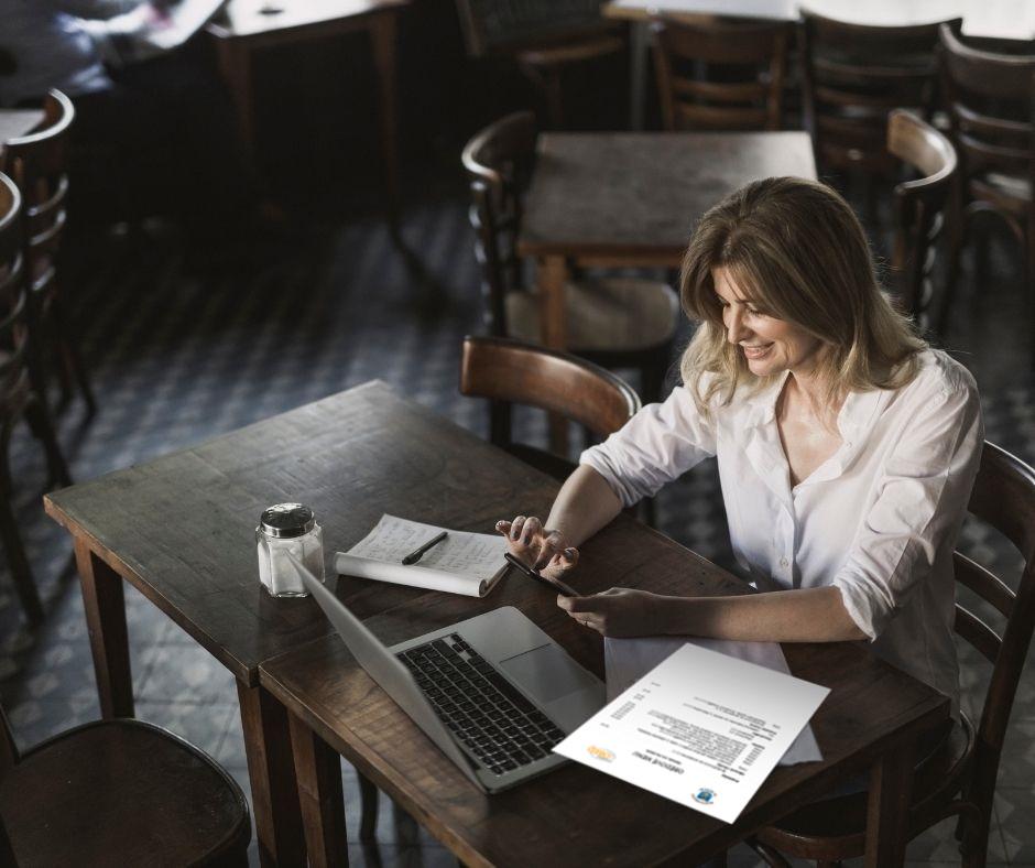 Provozní restaurace připravuje polední nabídku